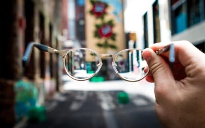 Contacts vs. Glasses: Which Is Better?
